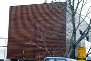 elewacja-drewniana-galeria-vitis-018