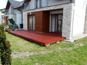 elewacja-drewniana-galeria-vitis-p1060310a